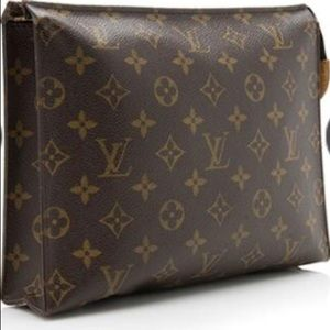 Authentic Louis Vuitton Toiletry Pouch 26, M47542